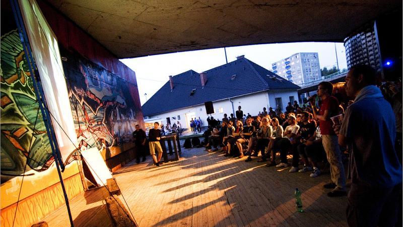 P-kaffee met Forum voor Amateurkunsten - in Zaal Zirkus, Antwerpen
