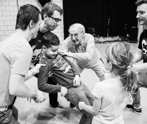 Toolkit voor inclusieve danspraktijk: de Shift Dance Toolkit
