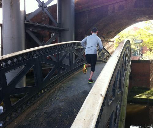 bruggen tussen sport en/of jeugdwerk en kinderen in armoede