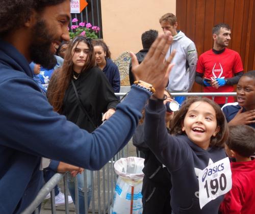 Hoe basketbal en sociaal werk elkaar versterken bij Molenbeek Rebels