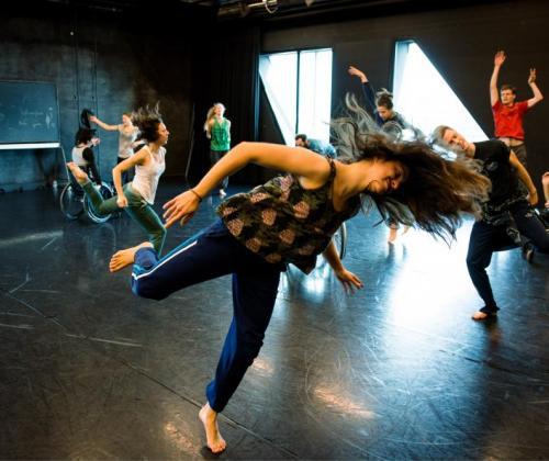 Platform voor dansers die verbinding zoeken met de samenleving