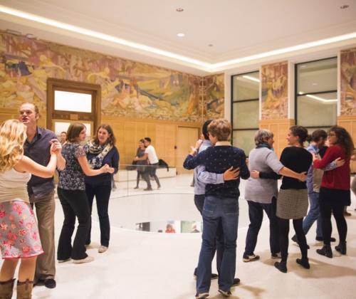 Goedkoper naar de nocturnes van Brusselse musea dankzij de Nocturnes Pass