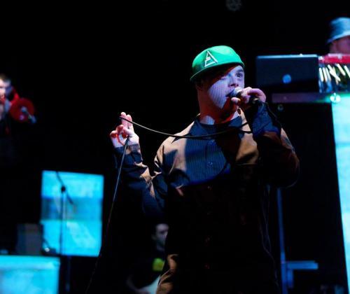 Rap met een chromosoom meer. Meet The Choolers Division.