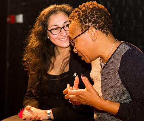 Palhik Mana versterkt Brusselse vrouwen via terugspeeltheater