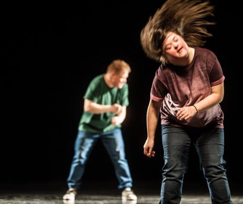 SCENE MAKEN. Tweetalige inspiratienamiddag over talentontwikkeling van mensen met een beperking in de podiumkunsten