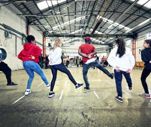 Tussen ruimte, kunst en kapers: onze publicatie in 10 bruikbare tips voor jeugdwerkers